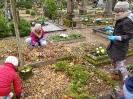 Aplankėme apleistus kapus